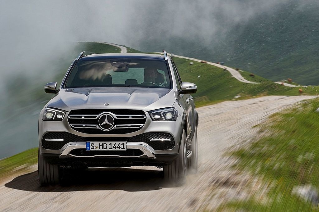 即日起至臺灣賓士全台授權經銷商可預購Mercedes-Benz GLE 任一車款...