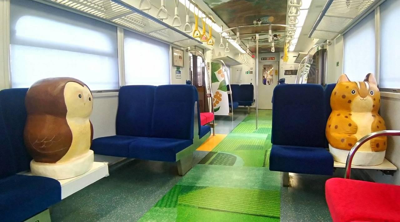 里山動物列車內裝。圖/台鐵局提供