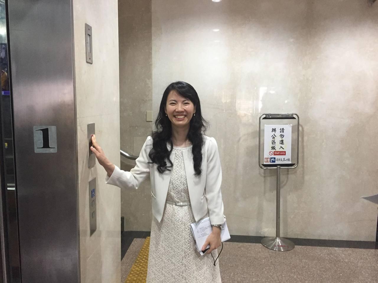北檢今指派美女主任檢察官陳玉萍擔任「學姊」。記者賴佩璇/攝影