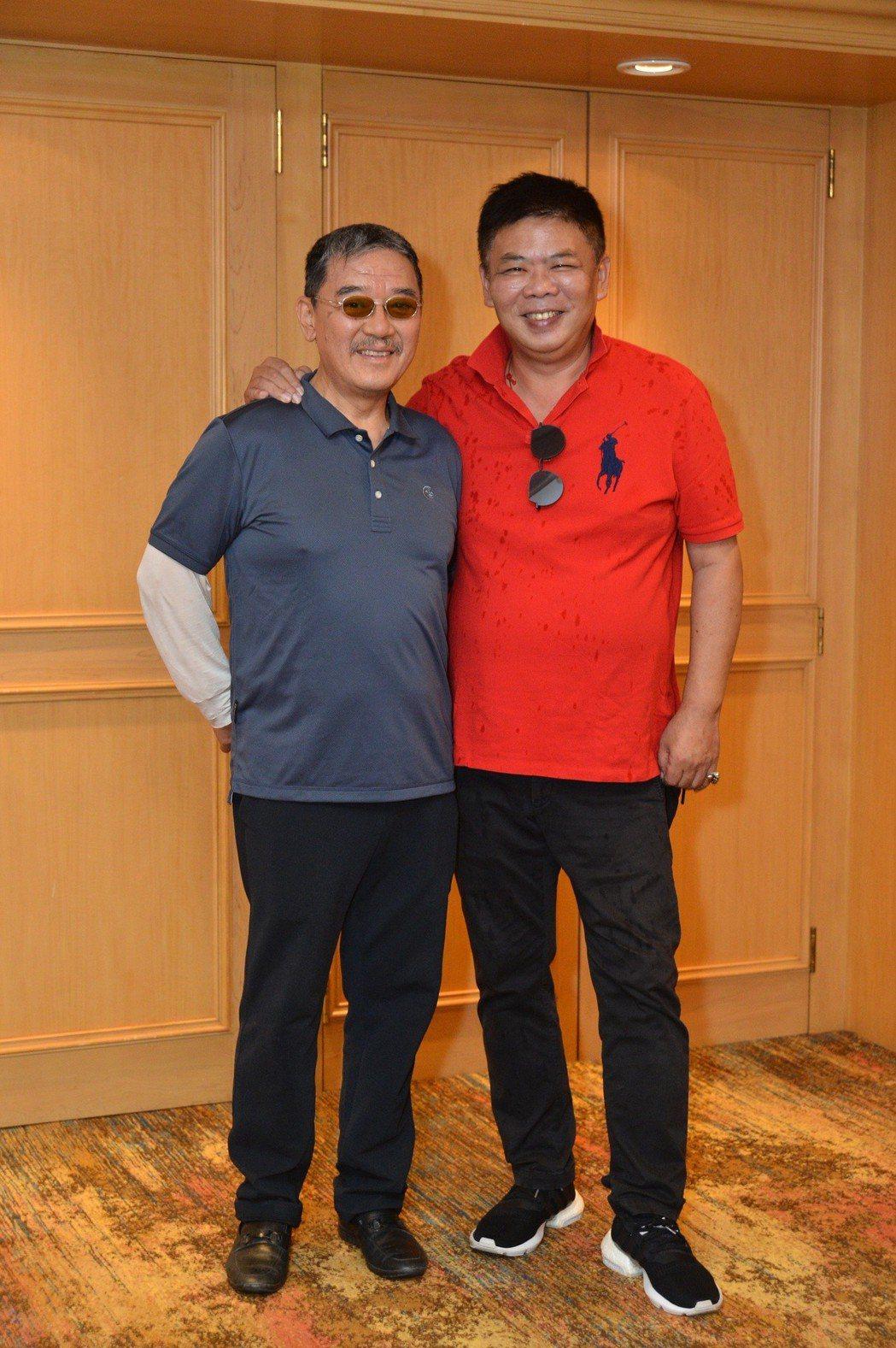 李立群(左)與導演馮凱合作愉快。圖/八大提供