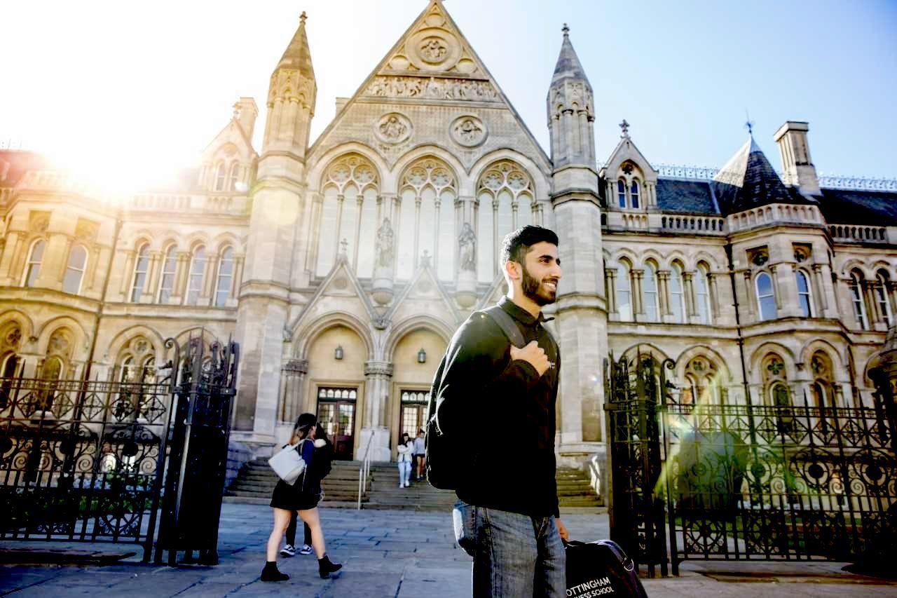 英國諾丁漢大學與義守大學合推雙聯學制,學校並將專責開設PEAP學術英語課程,讓商...