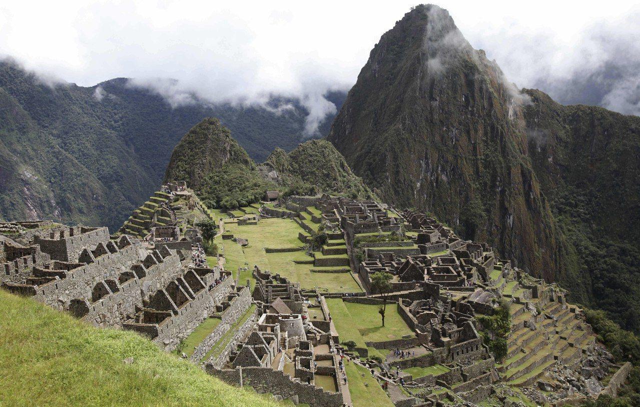 馬丘比丘是秘魯著名印加帝國遺跡,坐落在海拔2350-2430公尺的山脊上。(美聯...