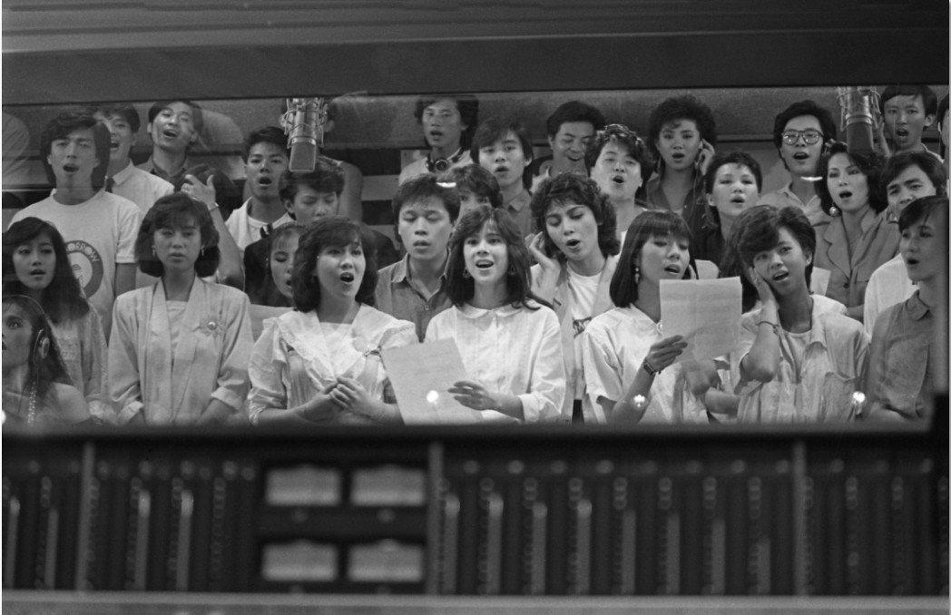 60位歌星共同錄製「明天會更好」。 圖/聯合報系資料照片