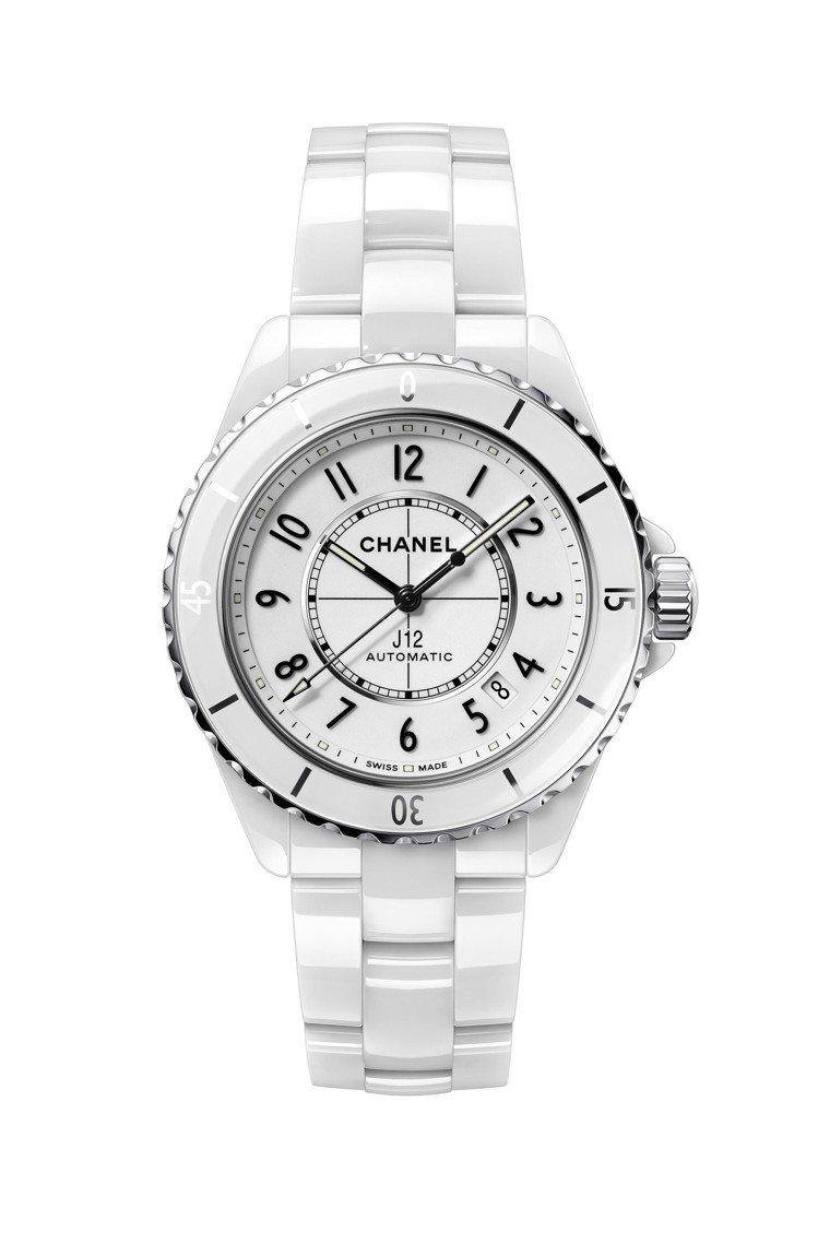 白色J12腕表,38毫米白色抗磨精密陶瓷搭配精鋼表殼、Caliber 12.1自...