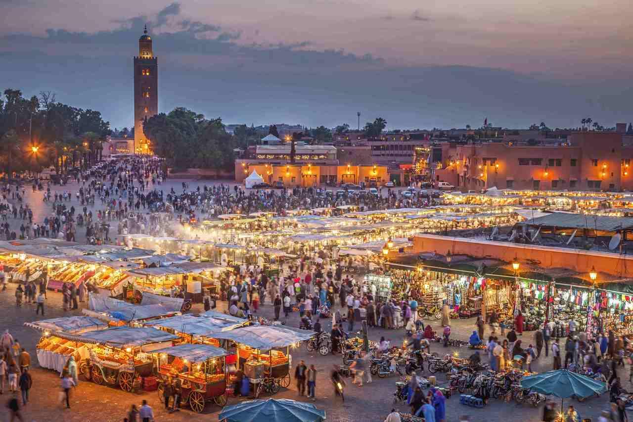 「摩洛哥馬拉喀什」充滿異國情調,知名的露天市集總是聚集著世界各地的淘寶旅客,在最...