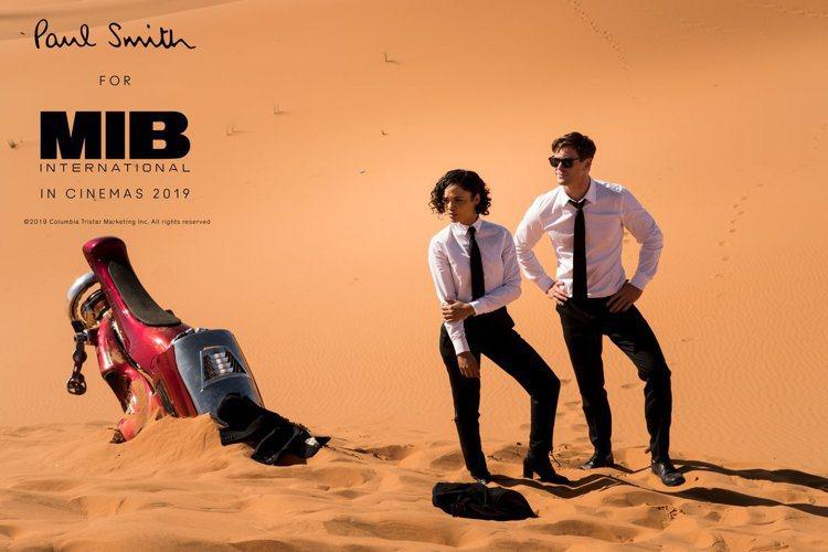 《MIB星際戰警:跨國行動》中探員與幾位反派的服裝由Paul Smith特別訂製...