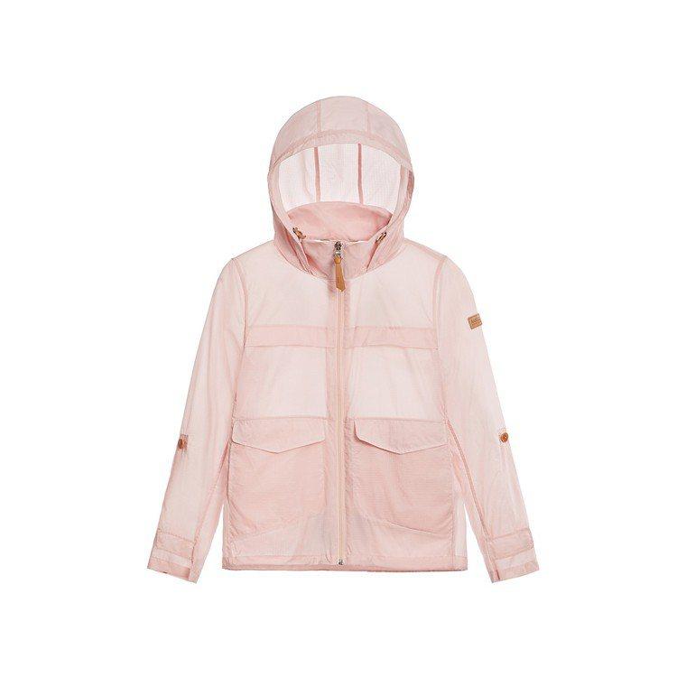 Aigle春夏超輕量防潑水外套,6,800元。圖/Aigle提供
