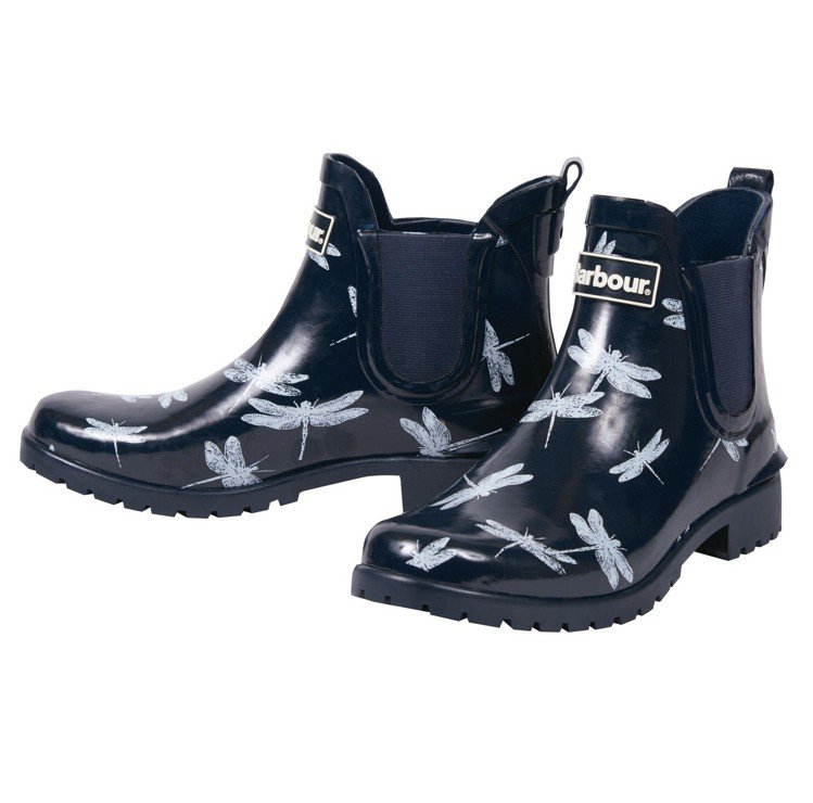 Barbour Chelsea印花短雨靴,3,600元。圖/Barbour提供