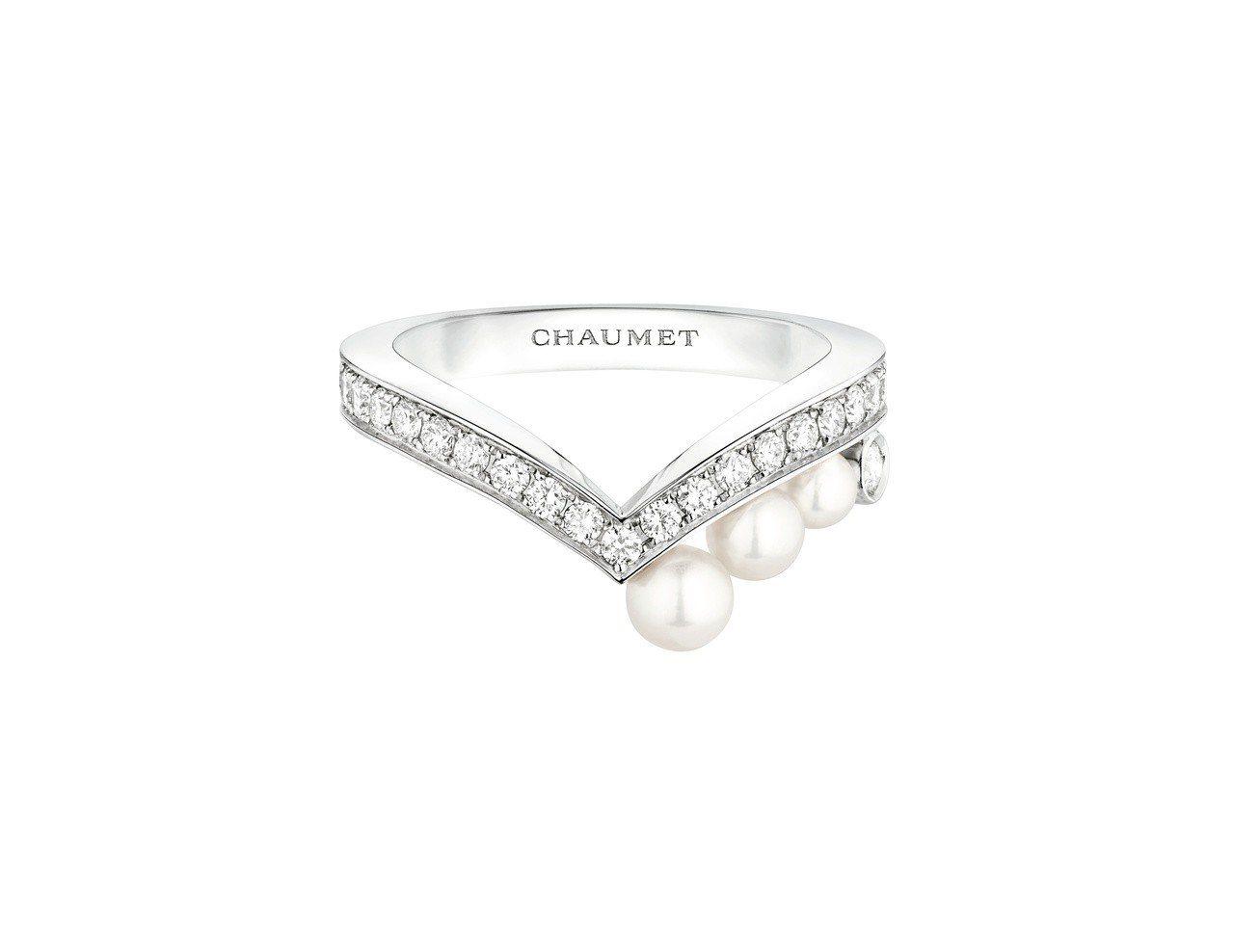 Chaumet Joséphine Aigrette 18K白金珍珠戒指,15...