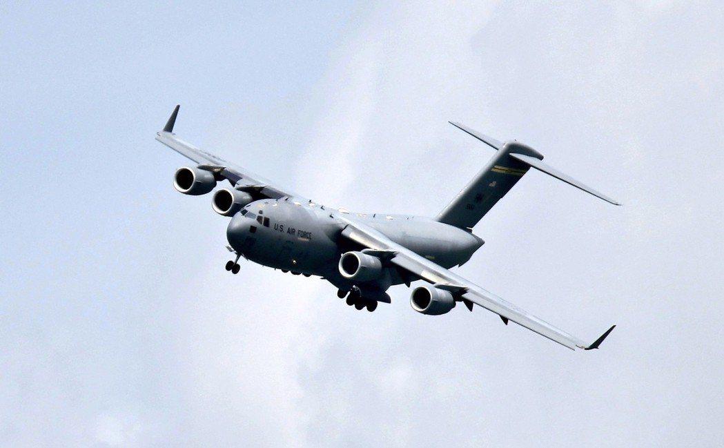 C-17環球霸王III運輸機。 (路透)