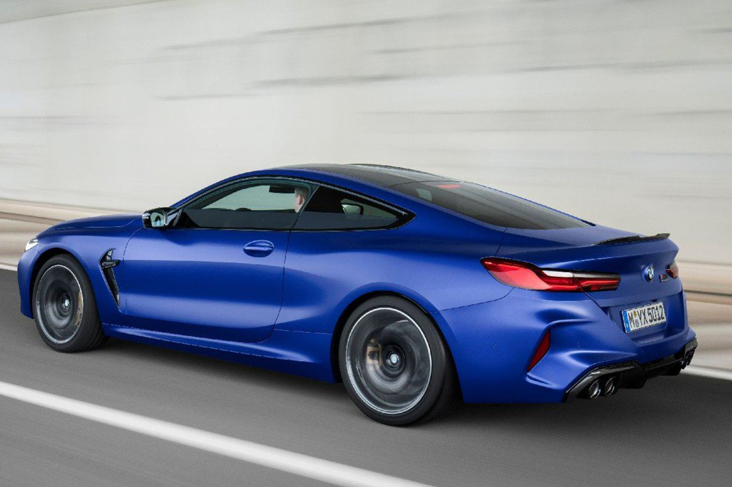 全新BMW M8 Coupe/Convertible搭載與現行F90 M5相同、...