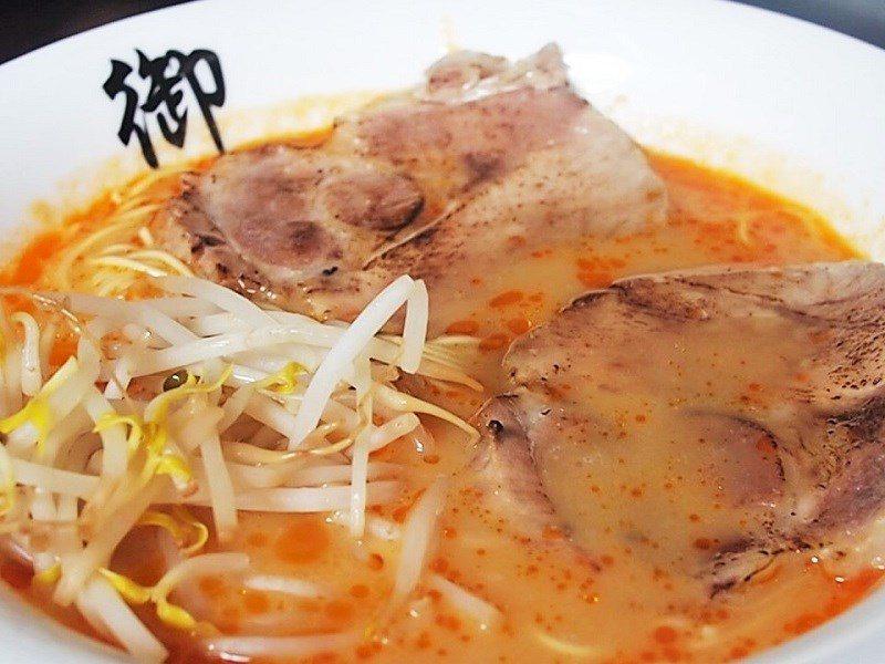(圖/台灣旅行趣) ▲赤味噌讓湯頭入口時的層次更豐富