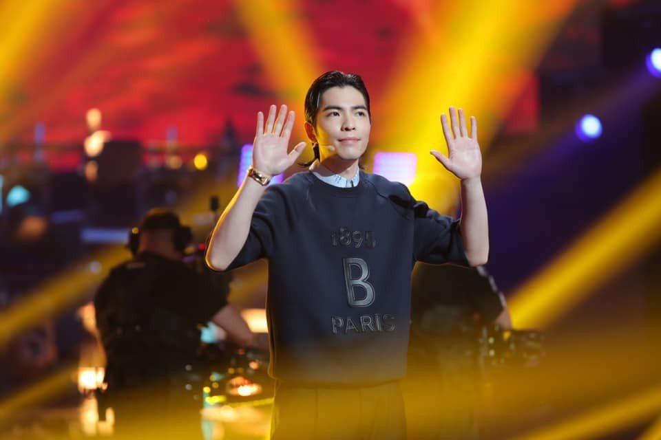 蕭敬騰的「娛樂先生」世界巡眼香港站門票秒殺。圖/摘自臉書