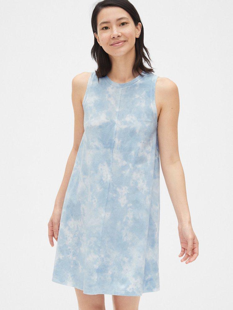 舒適清爽無袖洋裝,原價1,499元、特價698元。圖/Gap提供