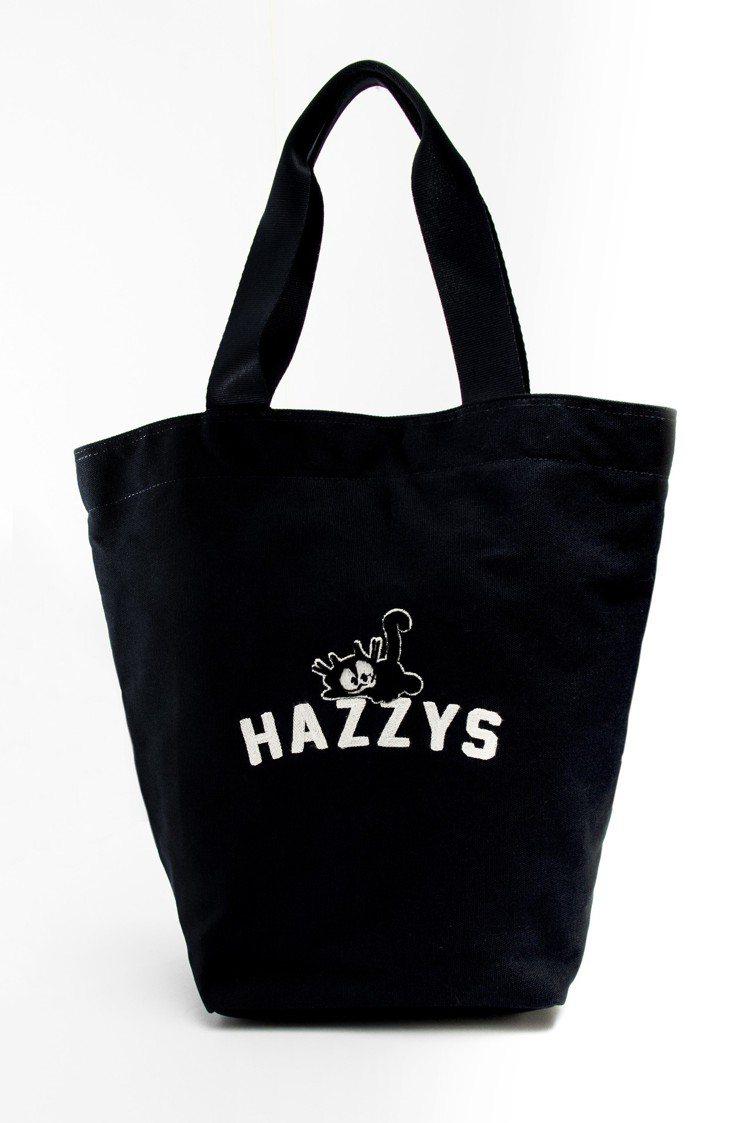 菲力貓聯名手提包,1,680元。圖/HAZZYS提供
