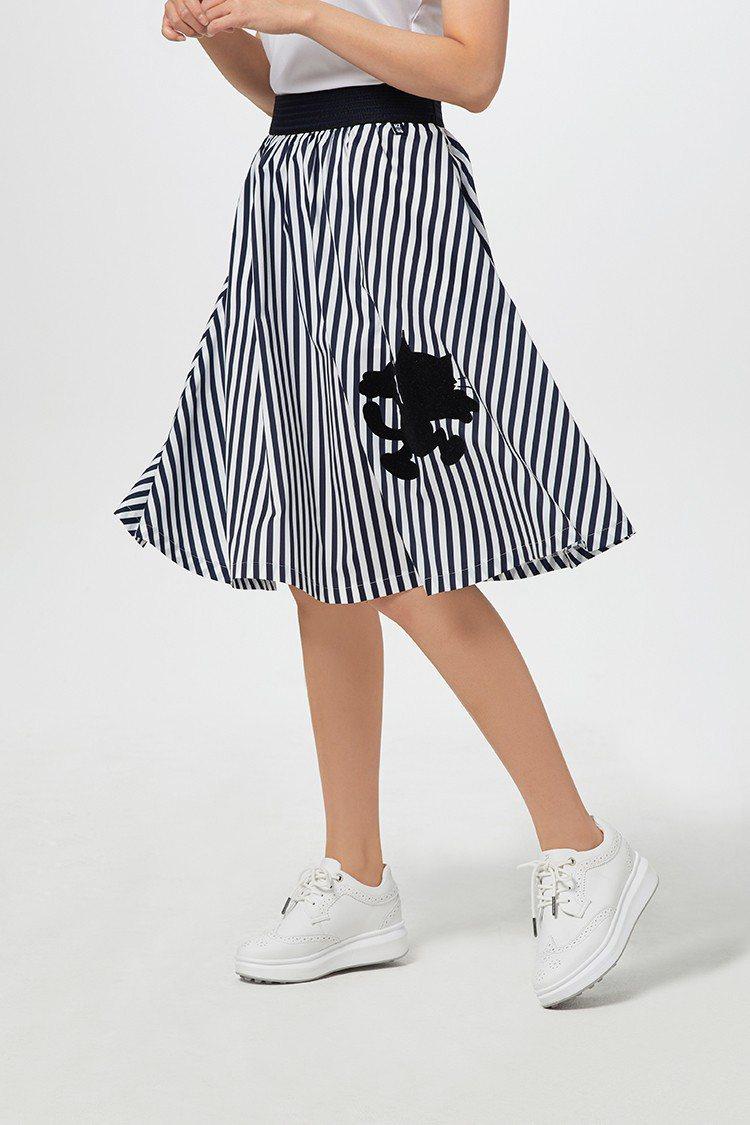 菲力貓聯名條紋縮腰短裙,5,680元。圖/HAZZYS提供