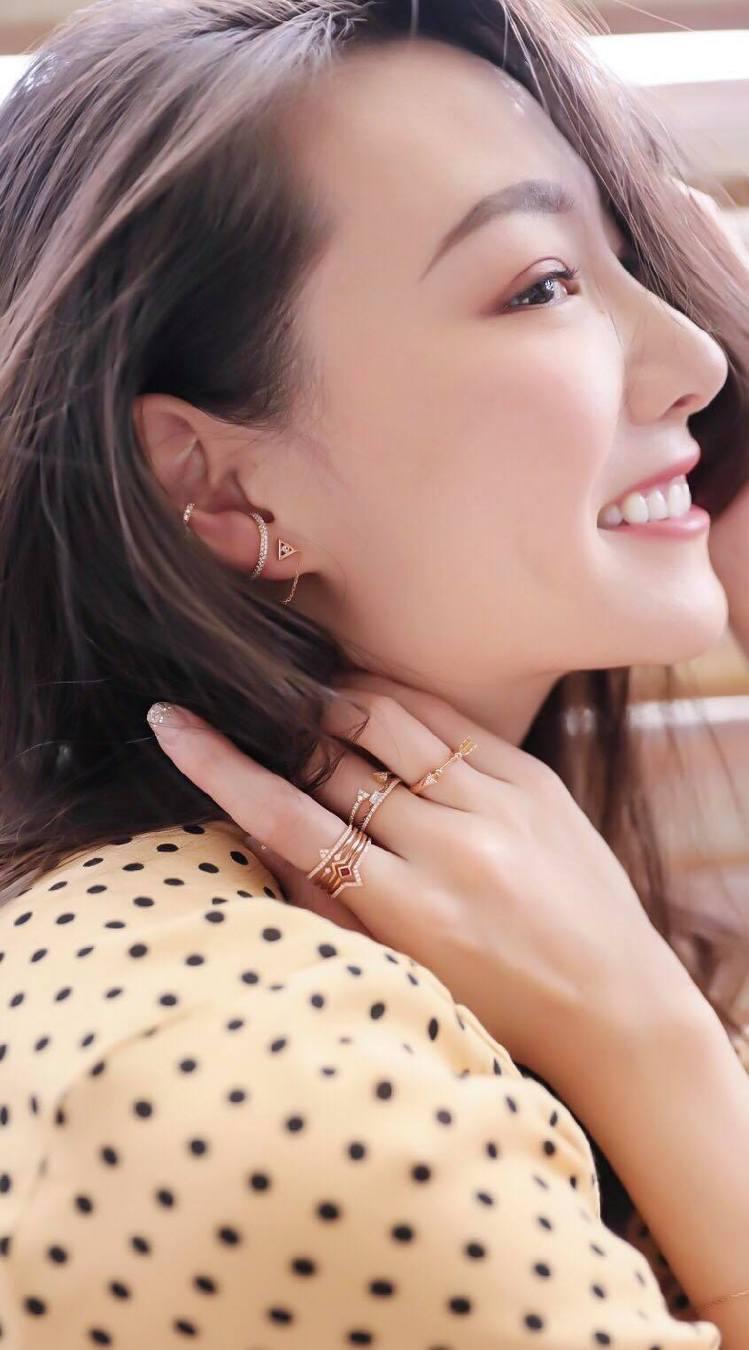 設計師侍懷鳳則注重細節與搭配性,加上拿手的幾何設計,推出價格親民的珠寶作品。圖/...