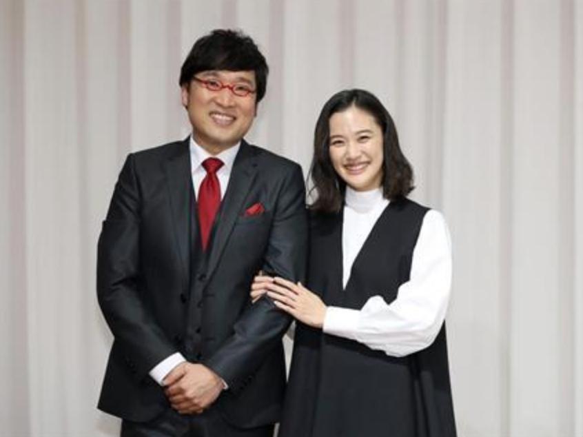 蒼井優和山里亮太結婚,5日舉辦記者會。圖/摘自產經新聞