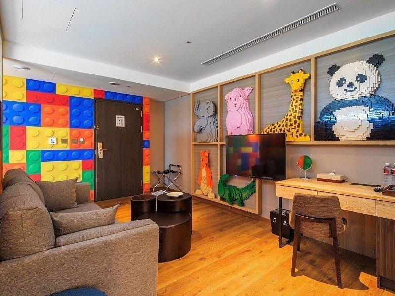 全台首創積木主題飯店「兆品酒店礁溪」獨家79折起。易遊網/提供