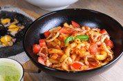 「麵體」熱量也有分別 斜管麵vs.直麵哪種熱量較低?