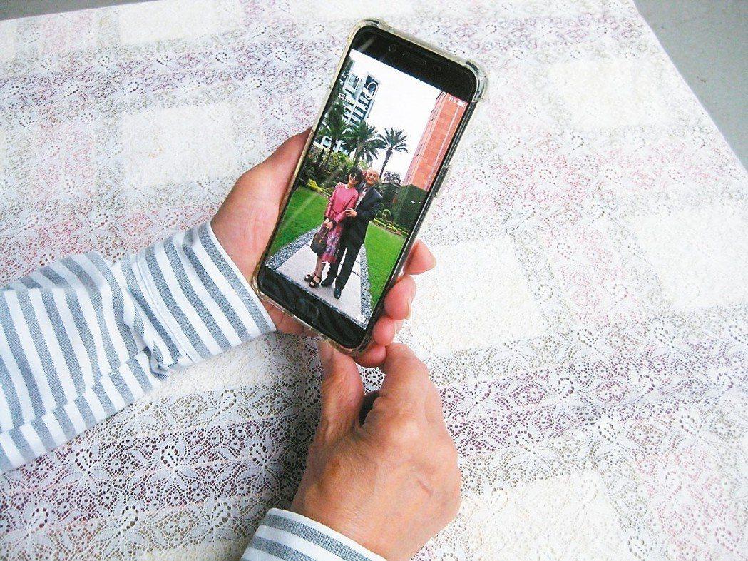 給不給孩子手機,都令父母困擾。 圖╱陳存仁(台中市)