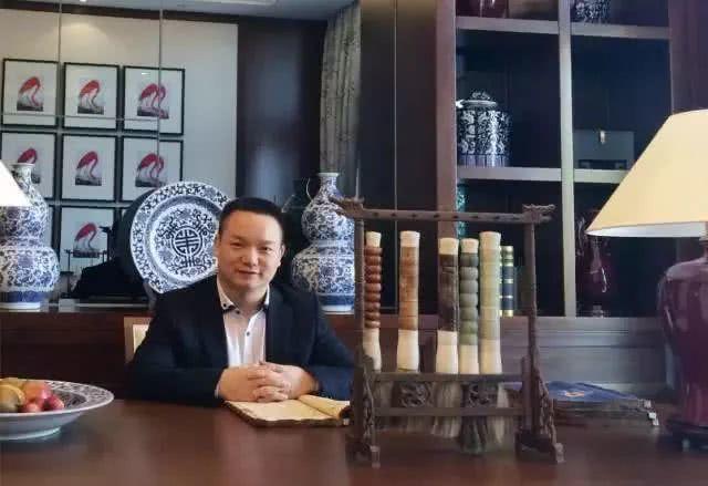 這位陝西籍男子上了目前中國國內最高懸賞通告。圖/取材自新民周刋