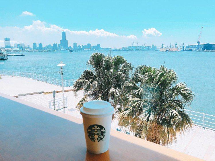 西子灣門市。圖/Starbucks提供
