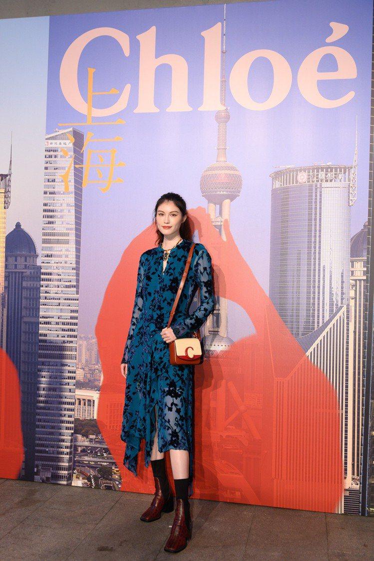 何穗出席Chloé上海早春秀。圖/Chloé提供