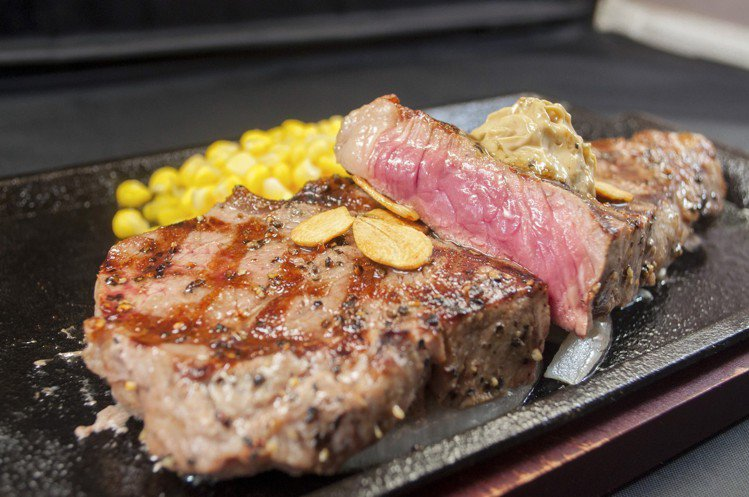 美國U.S.CAB安格斯黑牛紐約客牛排,1.9元/g。圖/IKINARI STE...