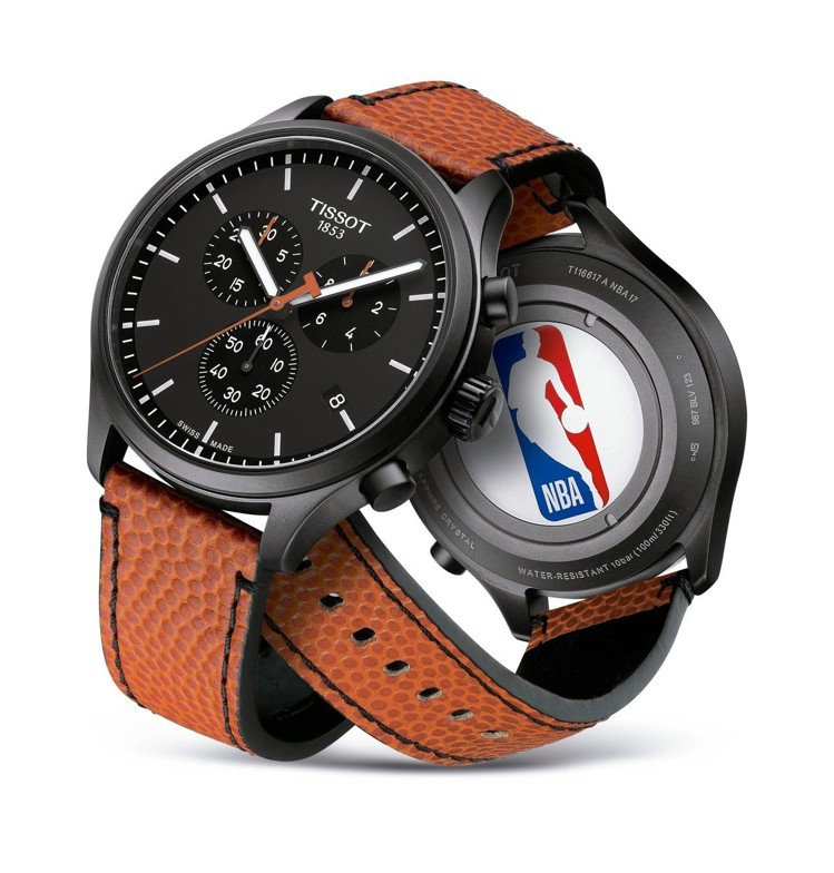 天梭NBA特別款CHRONO XL腕表,黑色PVD不鏽鋼表殼,搭配籃球皮革表帶,...