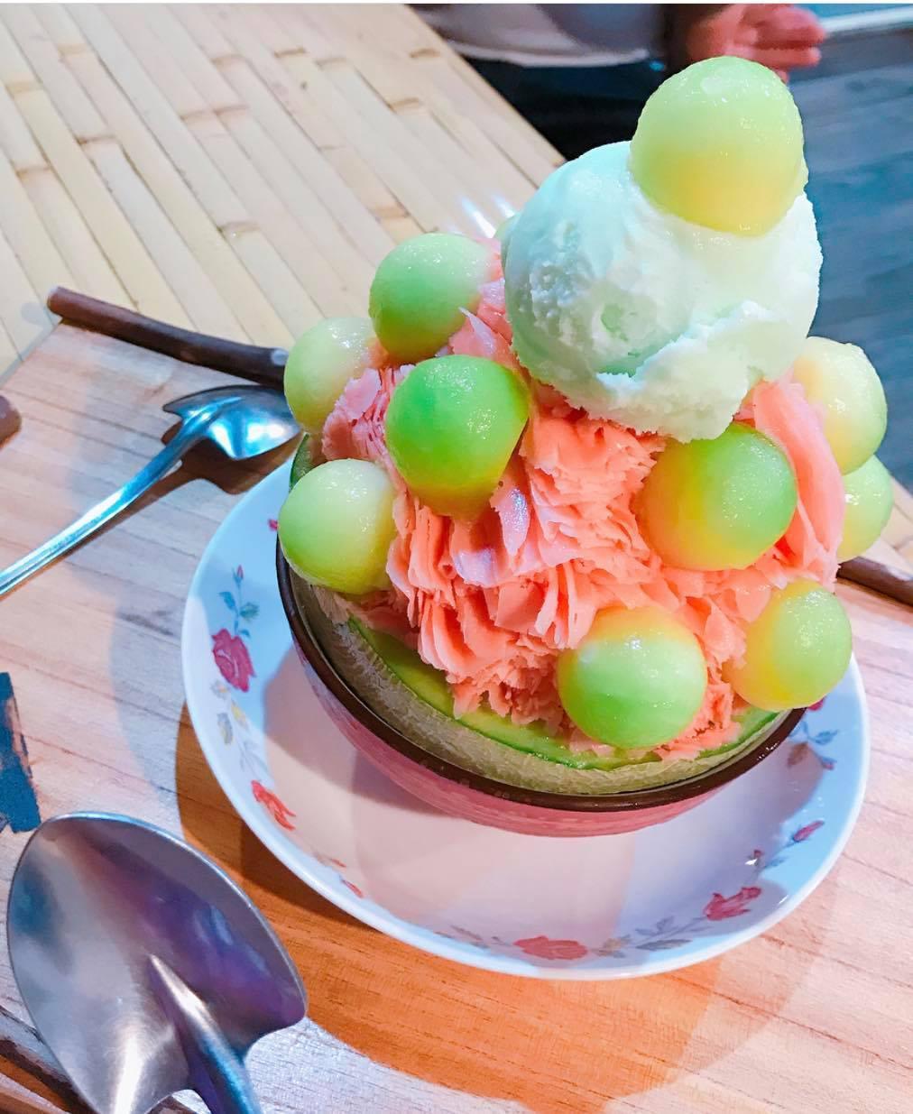 創意冰品名稱「西哈甜蜜蜜」。圖/尋庄懷舊冰店 提供
