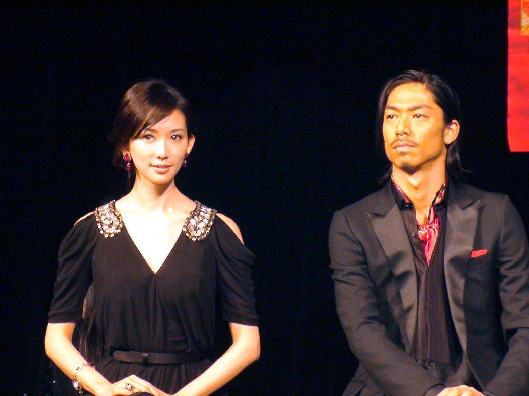 林志玲(左)與放浪兄弟AKIRA。圖/聯合報系資料照片
