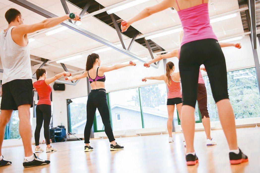 規律運動,加上飲食控制,保持身材不是夢。 圖/123RF