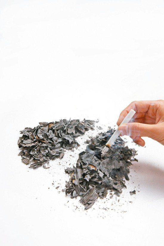 男性更容易吸煙、吃不健康飲食、不運動。 本報資料照片
