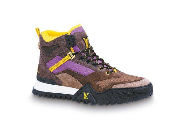 路易威登秋季高筒運動鞋加入紫色元素。 圖/各業者提供