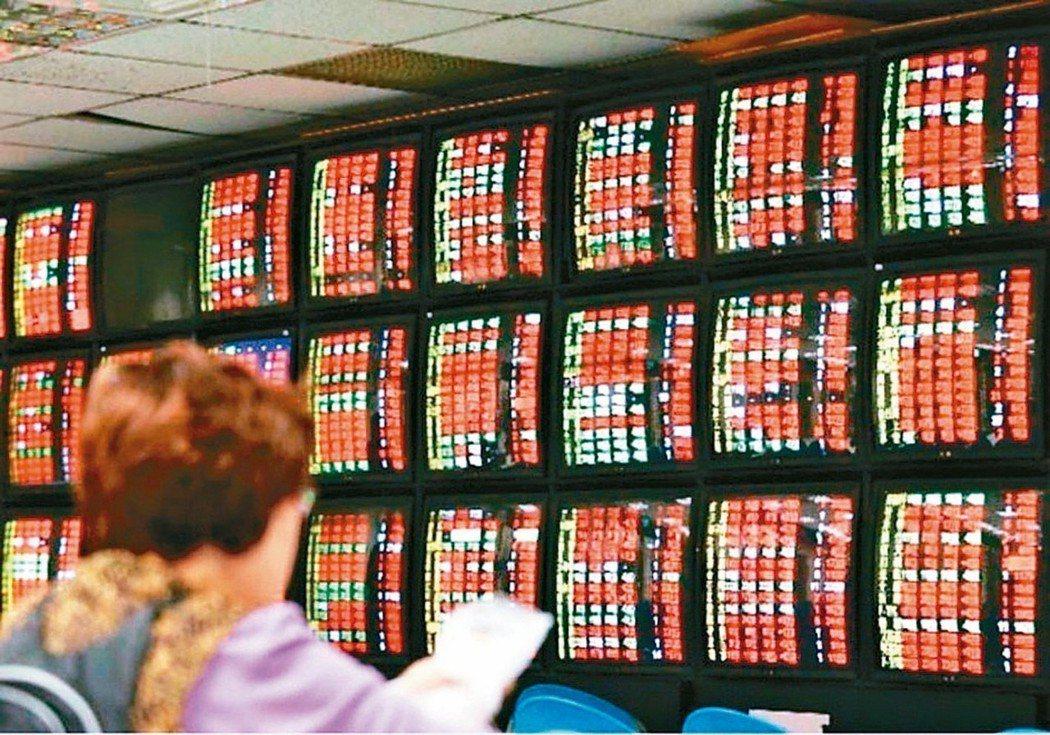 股王條款上路後,公司在股東會完成修章程序者,可採多次盈餘分配,小股東也可望免繳健...