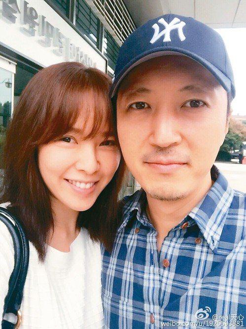 天心最後閃嫁韓國攝影師。圖/擷自天心微博