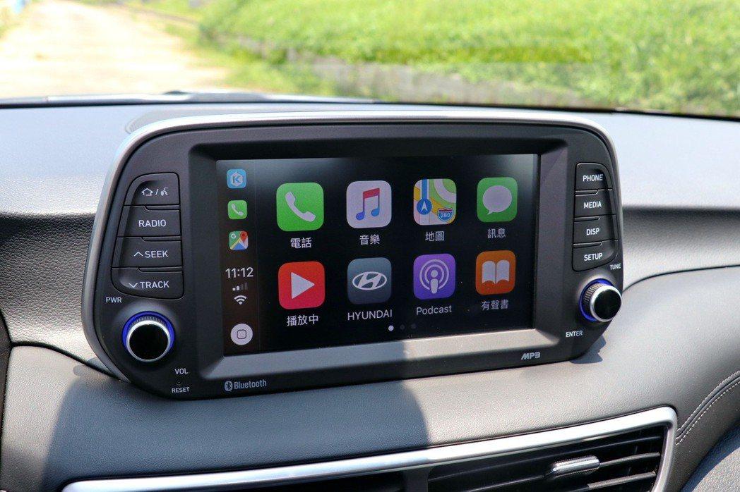 整合近年詢問度頗高的Apple Carplay/Android Auto功能,提...