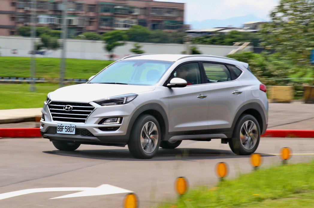 Hyundai Tucson整體動力輸出頗具性能感受。 記者陳威任/攝影
