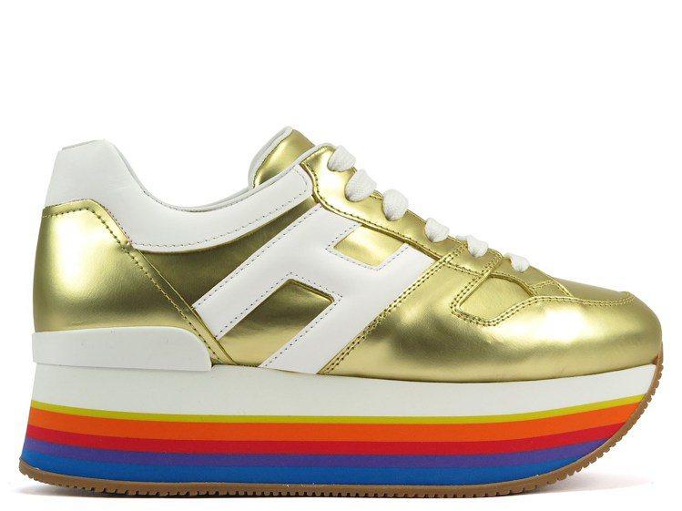 HOGAN MAXI H222金色厚底休閒鞋,22,600元。圖/迪生提供