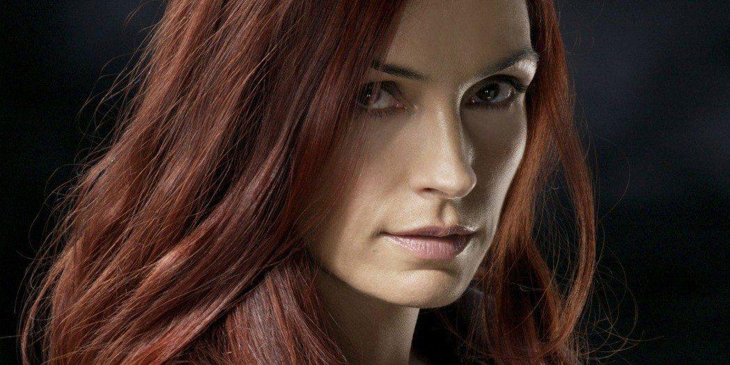 芬姬詹森曾被譽為是最性感最完美的「黑鳳凰」。圖/福斯提供