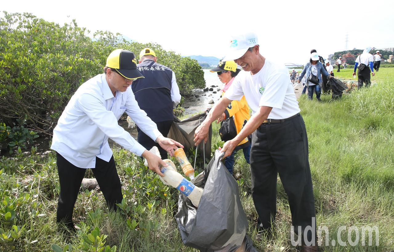 另類繞境 彰化媽祖乾淨台灣出任務