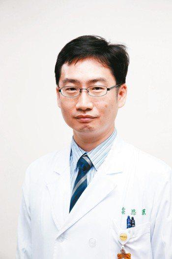 黎思源 醫師(台北榮總腎臟科主治醫師)