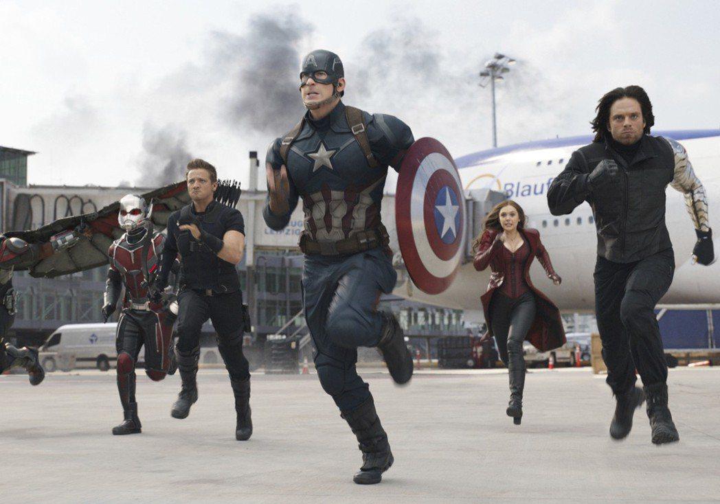 「美國隊長3:英雄內戰」劇照。(美聯社)