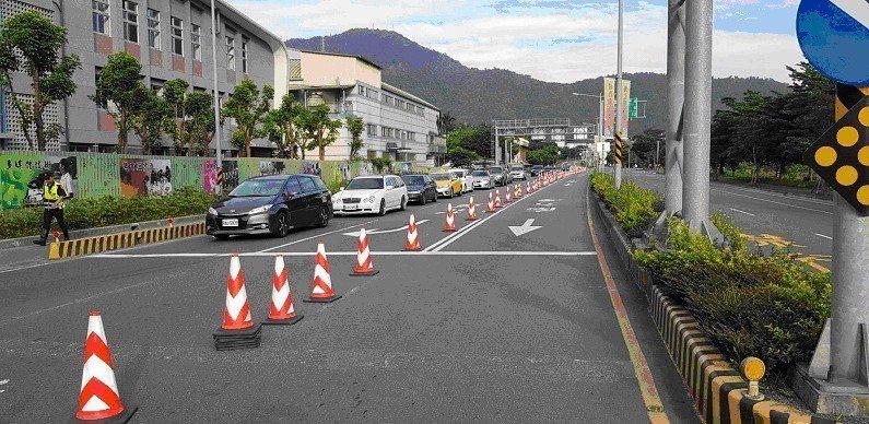 端午連假,宜蘭縣警察局因應交通,在重要路口疏導。圖/警方提供