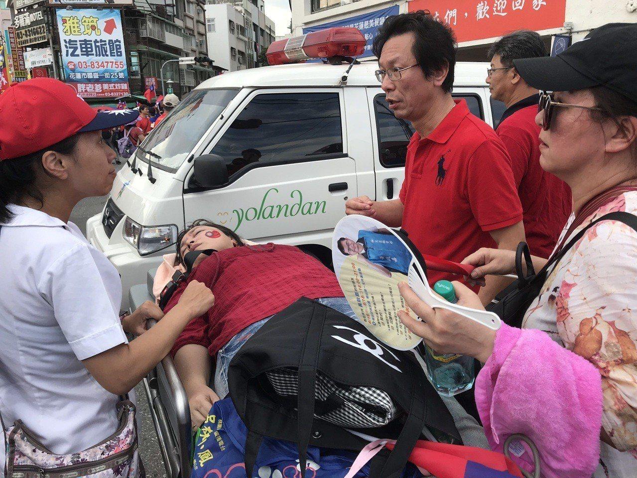 花蓮挺韓大會主辦單位宣布破8萬人,有韓粉不適送醫。記者王燕華/攝影