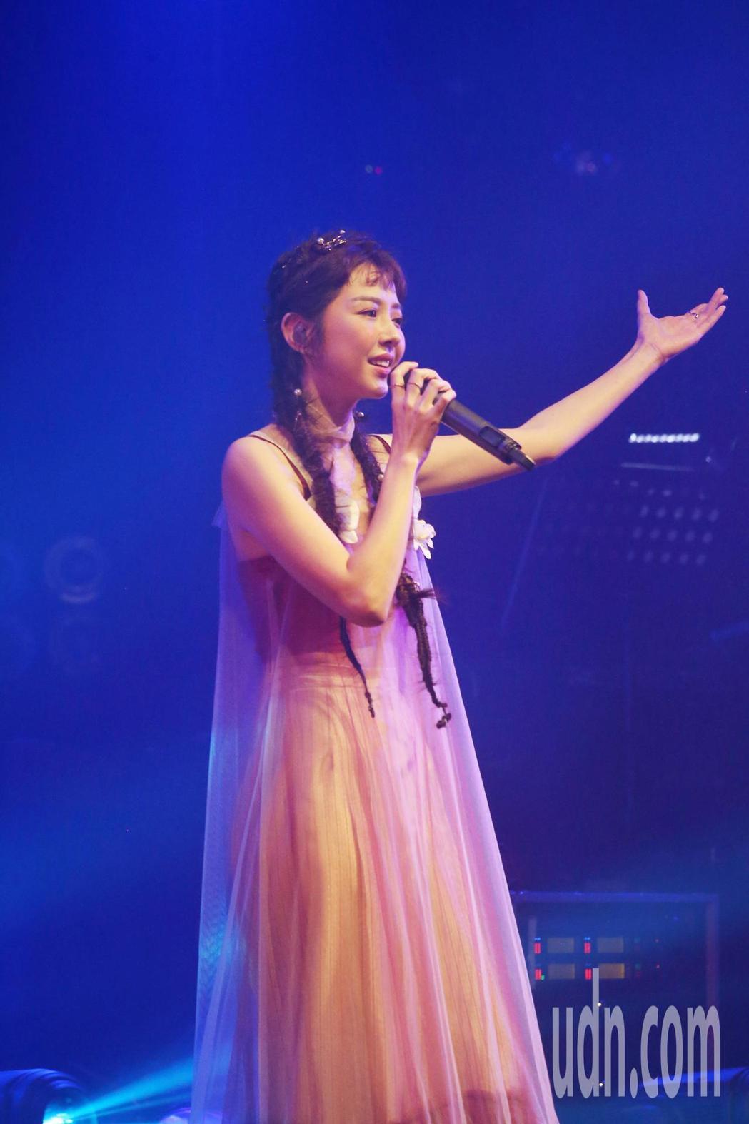 邵雨薇舉辦讚聲演唱會,新歌經典歌連發。記者曾原信/攝影