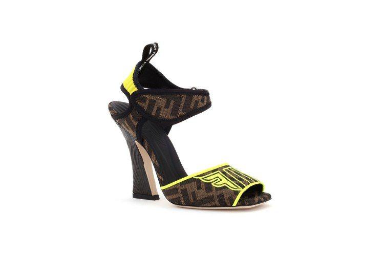 FENDI Fendi Roma Amor FFreedom涼鞋,售價34,90...