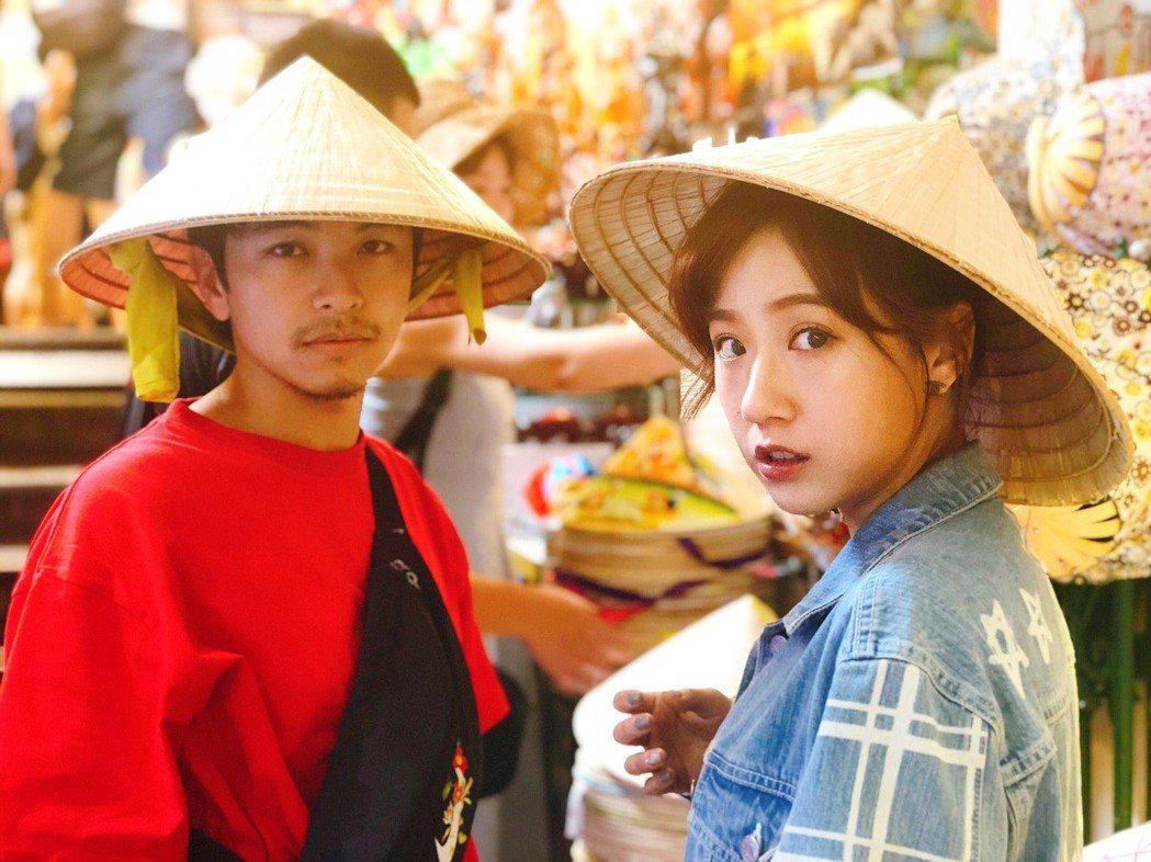 楊銘威、方志友為戲赴越南宣傳,工作之餘到胡志明市觀光。圖/TVBS提供