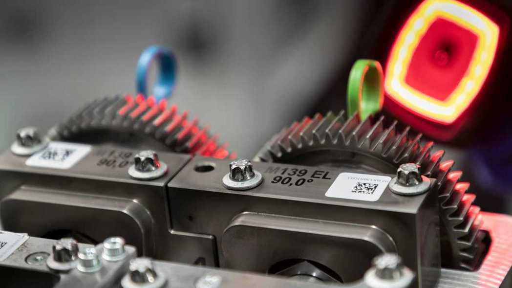 引擎組件上印有M139代號。 摘自Mercedes